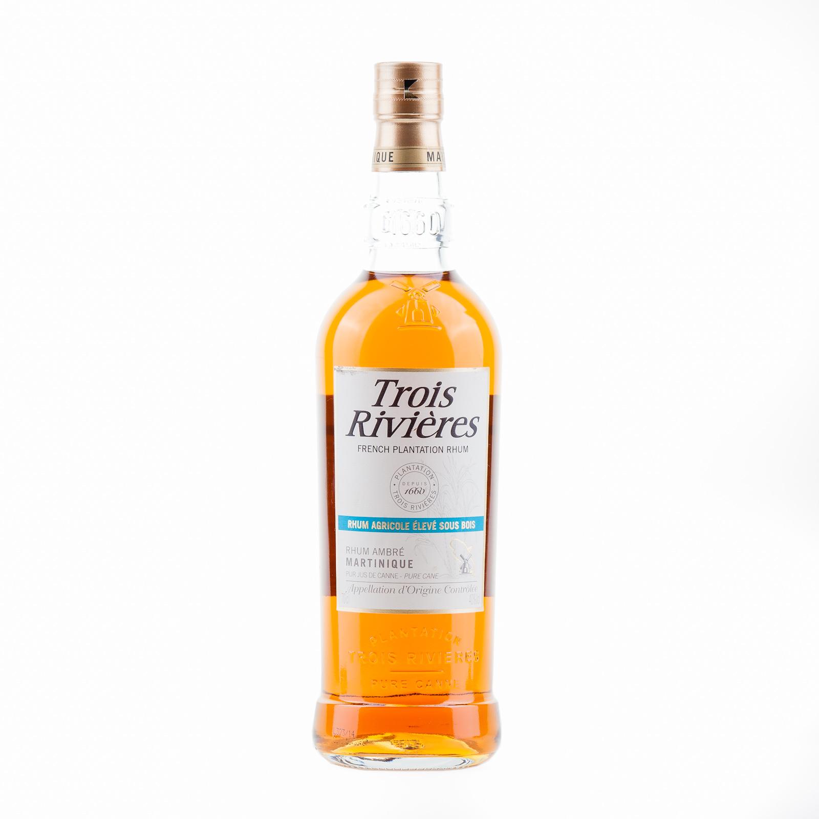Rum trois rivi res rhum ambr der rumshop for Clement boisvert meuble trois rivieres